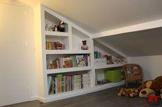 Création d'une bibliothèque sur mesure en placo.