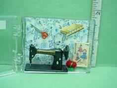 Dollhouse-Miniature-Sewing-Machine-Accessories-Chrysnbon-CB45-Plastic-1-12th