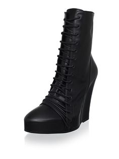 Ann Demeulemeester Women's Lace-Up Ankle Boot, http://www.myhabit.com/redirect?url=http%3A%2F%2Fwww.myhabit.com%2F%3F%23page%3Dd%26dept%3Ddesigner%26sale%3DA1ZMRAQX2XWXGP%26asin%3DB0093AX9T2%26cAsin%3DB0093AXEKG