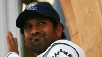 Sachin Tendulkar battled form and criticism to register a hard-fought 76. Arunabha Sengupta says that while the innings may or may not be indicative of his getting back into top gear, the Indian fans owe the great man a modicum of respect to deal with the lean patch.