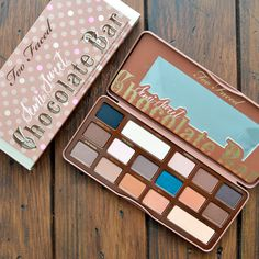 Chocolate bar semi sweet de Too Faced