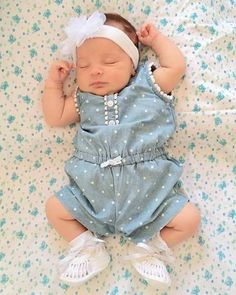 New Baby Girl Photography Clothes Ideas Erwarten Baby, Baby Kind, Baby Girl Newborn, Cute Baby Girl Photos, Cute Baby Pictures, Baby Girl Photography, Foto Baby, Expecting Baby, New Baby Girls