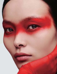 Ling Liu Model& glowing makeup looks in Vogue China - photography . - Ling Liu Model& glowing makeup looks in Vogue China – photography – # - Vogue Makeup, Red Makeup, Makeup Inspo, Makeup Art, Makeup Inspiration, Beauty Makeup, Color Inspiration, Eyeliner Makeup, Fairy Makeup
