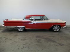 1959 FORD GALAXIE SUNLINER RETRACTABLE HARDTOP - Barrett-Jackson Auction Company - World's Greatest Collector Car Auctions $26,400
