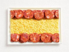 Espanha: chouriço espanhol e arroz com açafrão.