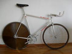 Szekeres pursuit track bike by hembrant, via Flickr