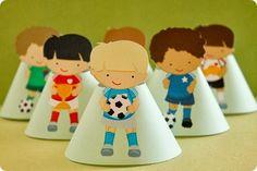 Festa Pronta - Futebol - Tuty - Arte & Mimos Que tal usar esta inspiração para a próxima festa? Entre em contato com a gente! www.tuty.com.br #festa #personalizada #party #tuty #Happy #love #party #Bday #Birthday #Football #Futebol #aniversario