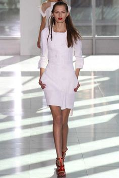 Antonio Berardi Spring 2014 Ready-to-Wear Collection Slideshow on Style.com