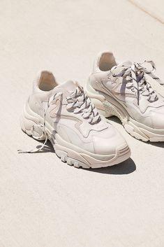 12 meilleures idées sur Adidas grise   adidas grise, chaussure ...