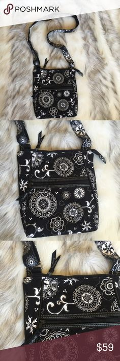 """Thirty one black and white crossbody Vera Bradley black and white crossbody bag.. super cute great condition...measurements 10"""" X 11"""" strap adjustable thirty one Bags Crossbody Bags"""