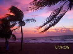 2009 Waking up at 4am to watch the sunrise over the ocean with my mom in Fort Lauderdale, FL