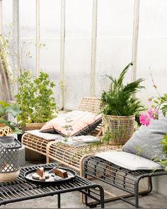 Styling ideas and inspiration for the balcony