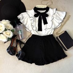 Sweet Girls Clothes Sets Ruffle T-shirt Tops+Pants Outfits 2019 Summer Casual Kids Sets Children's Clothing - Best Picture For kids shoes For Your Taste You are looking for something, and it is going to tell - Teen Fashion Outfits, Cute Fashion, Fashion Kids, Kids Outfits, Fashion 2020, Cute Baby Clothes, Kawaii Clothes, Clothes For Kids, Pretty Clothes