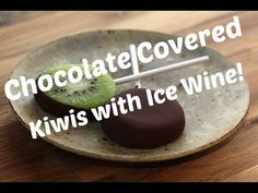 Looking for a new dessert recipe to share with family or guests? Dipping kiwiws into a mixture of Icewine and Chocolate is a great way to indulge your senses. New Dessert Recipe, Dessert Recipes, Desserts, Kiwi, Ice Houses, Wine Cocktails, Slushies, Food Videos, Lollipops