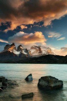 Los Cuernos, Patagonia - Chile