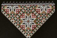 Bringeduk NR 19 Bead Loom Patterns, Beading Patterns, Sons Of Norway, Loom Beading, Bead Art, Needlework, Diy And Crafts, Folk, Weaving