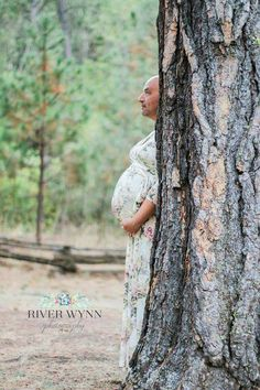 Funny maternity pic.