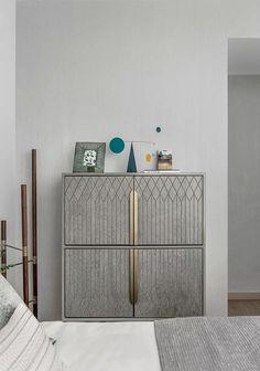 Modern Bedroom Furniture, Luxury Furniture, Cool Furniture, Furniture Design, Sideboard Cabinet, Cabinet Furniture, Credenza, Bedroom Lamps Design, Diy Storage Table