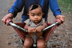 """#Bikes all around the World  """"The World's Ride"""", Photography by Steve McCurry"""