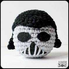 tuto_crochet_darkvador18 Star Wars Crochet, Crochet Stars, Dmc Natura Xl, Fil Dmc, Crochet Ball, Cat Toys, Diy, Skull, Kawaii