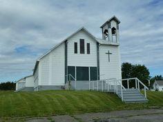 Pointe-à-la-Croix (église Les Stigmates de Saint-François-de-l'Alverne), Québec, Canada, (48.140938, -66.698488)