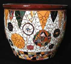 totes obsessed with mosaic flower pots atm