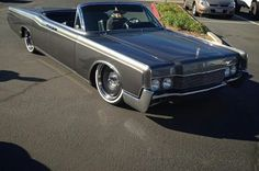 Lincoln Continental 66 Vert