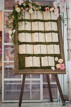 Seating chart wedding - A Book Loving Couple's Dream 33 Inspirational Photos for a Literary Wedding – Seating chart wedding Storybook Wedding, Wedding Book, Dream Wedding, Wedding Souvenir, Love Story Wedding, Wedding Planner Book, Library Wedding, Luxury Wedding, Wedding Themes