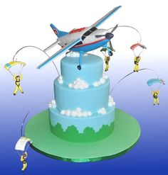 Airplane and Skydivers Cake, looks so tasty and funny. Have you tried this site: http://www.pinterest.com/travelfoxcom/pins/