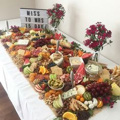 table size fruit + cheese buffet Grazing table ideas and inspiration. Setting up a grazing table How to. table size fruit + cheese buffet Grazing table ideas and inspiration. Setting up a grazing table How to. Cheese Platters, Food Platters, Diy Party Platters, Party Trays, Antipasto Platter, Edible Crafts, Snacks Für Party, Party Appetizers, Fruit Party