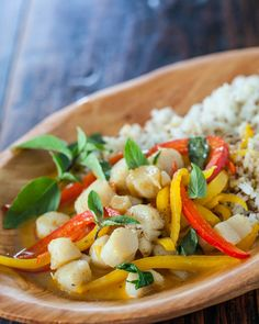 Thai Seafood Curry Recipe ~ http://steamykitchen.com