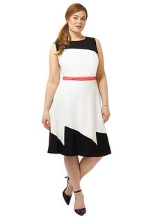 Black And Ivory Colorblock Dress by Adrianna Papell, Available in sizes 14W-22W
