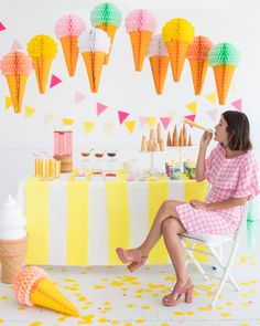 Πάρτι παγωτό - Το ιδανικό πάρτι για το καλοκαίρι. Αυτό το ξεχωριστό πάρτι με ενθουσίασε για πολλούς λόγους. Αν και το θέμα του ας πούμε ότι είναι πολύ