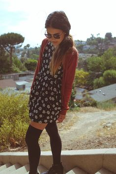 |Spring/Summer Casual| △ |Flower Dress| + |Cardigan| + |Thigh-high Tights|
