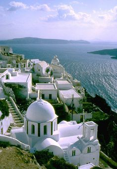VISIT GREECE| Santorini, Cyclades, Greek Islands. Wish I was there now!!