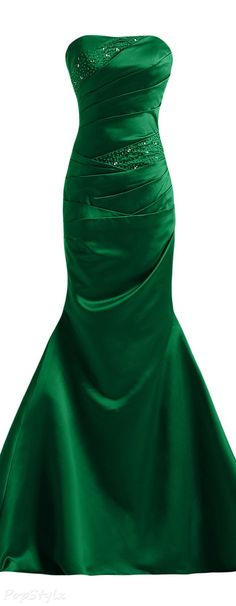Dresses Page 515 Green Evening Gowns, Evening Dresses, Prom Dresses, Romper With Skirt, Gowns Of Elegance, Beautiful Gowns, Playing Dress Up, Occasion Dresses, Couture Fashion