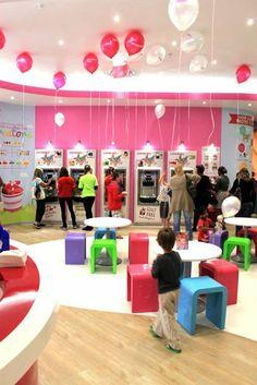 Wakaberry Northgate Yogurt Ice Cream, Frozen Yogurt, Places, Shop, Store, Lugares