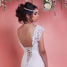 """Exclusive photos from the backstage for the """"Desert Rose 2016"""" collection"""