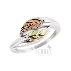 Material: .925 sterling silver, 12k gold leaves Width in mm: 8.80mm Width in inch: 3/8-inch Stamped: 925, 12k