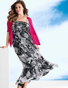 Ruffled paisley maxi dress makes it easy to make a statement. Trendy, toe-skimming dress is long on comfort and style, making the most of your shape with a ruffled bodice and elastic empire waist. Feeling sultry? Choose to go strapless with adjustable, removable straps. Fully lined for comfort and an amazing drape.