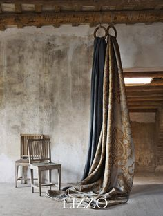 Home :: Lizzo Wabi Sabi, Interior Inspiration, Design Inspiration, Fabric Photography, Photography Studio Spaces, Deco Studio, Casamance, Tadelakt, World Of Interiors