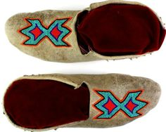 Shoshone beaded moccasins soft soles