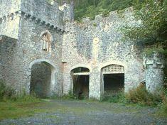 Gwrych Castle where Robert lives
