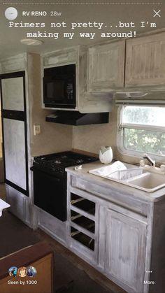 6 ideas for choosing or relooking your kitchen credenza - My Romodel Camper Interior, Diy Camper, Camper Life, Travel Trailer Remodel, Camper Renovation, Camper Remodeling, Faux Shiplap, Camper Makeover, Camper Trailers