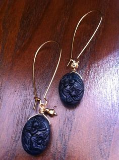 czech pressed glass earrings Pressed Glass, Glass Earrings, Pendant Necklace, Jewelry, Jewlery, Jewerly, Schmuck, Jewels, Jewelery
