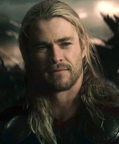 Love Chris Hemsworth