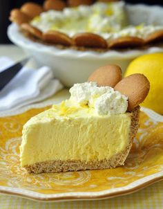 Old Fashioned Lemon Icebox Pie. This is a lemon icebox pie just like Grandma used to make. The filling freezes to a silky, luscious, creamy texture with plenty of lemony tart flavor From: Rock Recipes, please visit 13 Desserts, Make Ahead Desserts, Lemon Desserts, Lemon Recipes, Pie Recipes, Sweet Recipes, Dessert Recipes, Dessert Healthy, Pie Dessert
