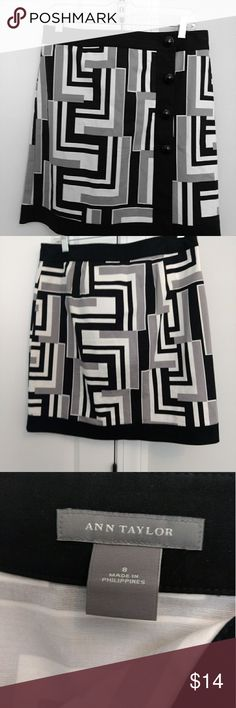"""Ann Taylor women's geometric print wrap skirt Size 8 Fabric: 97% cotton, 3%lycra spandex Condition: clean, no holes, no rips, no tears Measurements with garment hanging flat - please see photos with measuring tape. Please compare.measurementsto your body for proper fit. Waist width: 16"""" Skirt length: 20"""" Skirt is unlined. Ann Taylor Skirts Midi"""