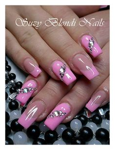 Pretty in pink Hot Nails, Hair And Nails, Gorgeous Nails, Pretty Nails, Diva Nails, Manicure Y Pedicure, Bling Nails, Pink Bling, Fancy Nails