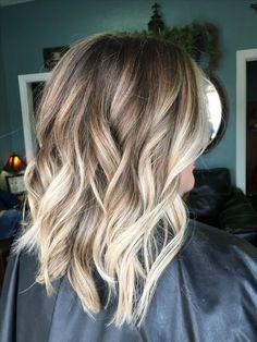 Balayage, blonde hair, brown hair, blonde highlights, lob, bob, haircut, hair, loose waves, ombré
